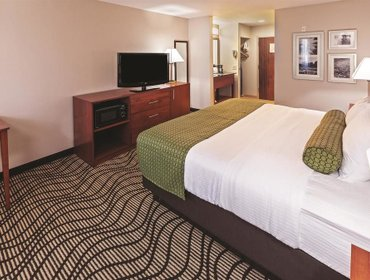 Апартаменты La Quinta Inn & Suites Midwest City