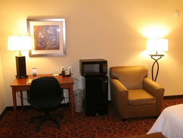 Апартаменты Hampton Inn & Suites Brenham