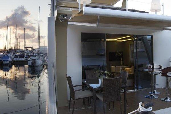 Premium Hotel Floating - фото 15