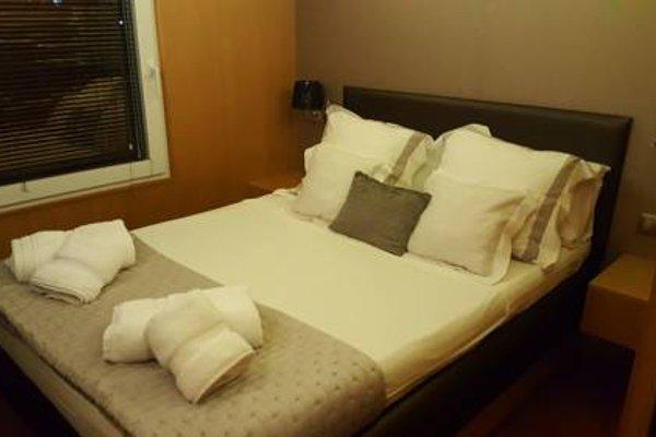 Premium Hotel Floating - 3