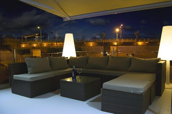 Premium Hotel Floating - фото 7