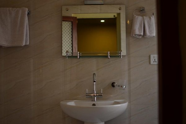 327 Thamel Hotel - фото 14