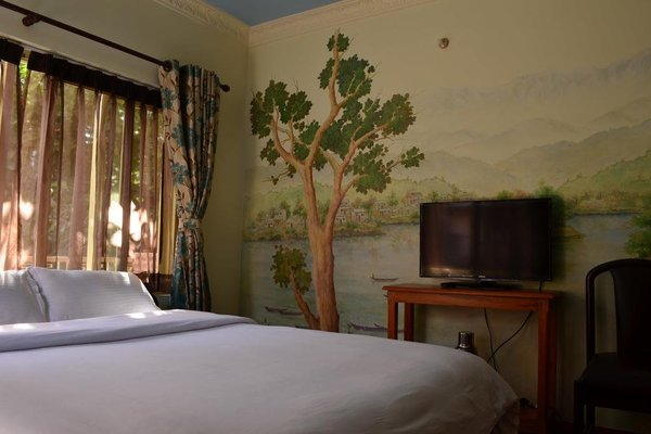 327 Thamel Hotel - фото 5