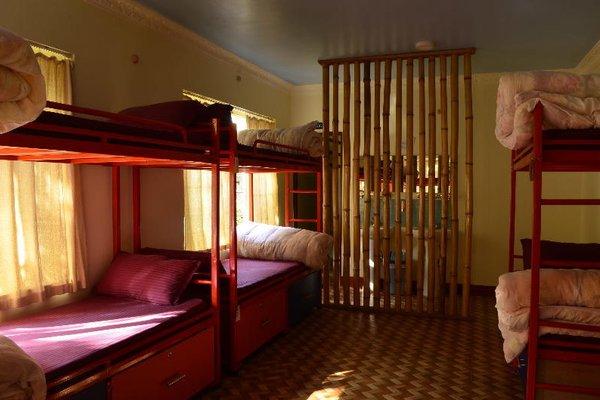 327 Thamel Hotel - фото 7