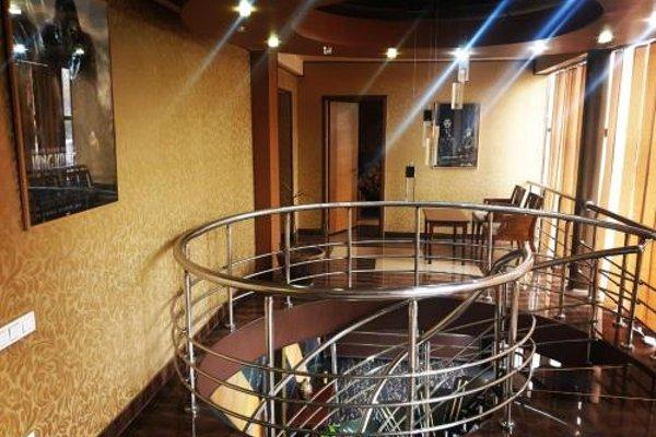 2x2 Cinema-Bar Hotel - фото 16