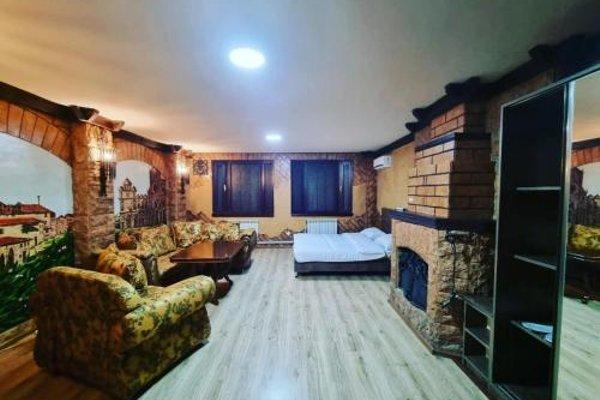2x2 Cinema-Bar Hotel - фото 8