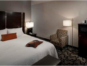 Апартаменты Hampton Inn and Suites Marksville