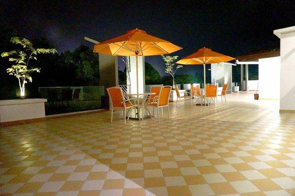 Langit Langi Hotel @ Port Dickson - фото 16