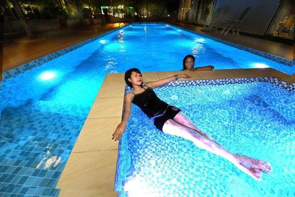 Langit Langi Hotel @ Port Dickson - фото 20