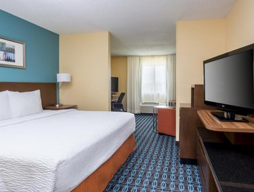 Апартаменты Fairfield Inn & Suites Victoria