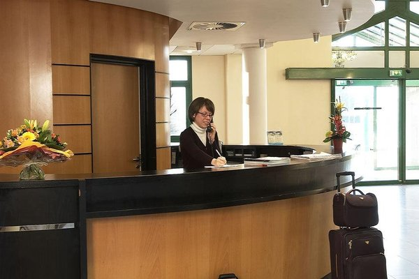 Hotel Oceania Nantes - фото 14