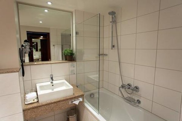 Holiday Inn Lille Ouest Englos - фото 7