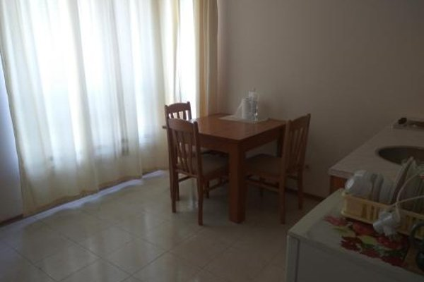Vadim Apartments in Panorama Beach Vigo Nessebar - фото 11