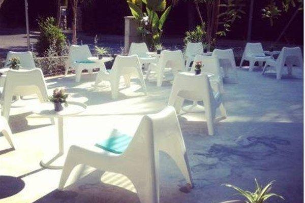 Babalu Sitges Beach Hostel - фото 16