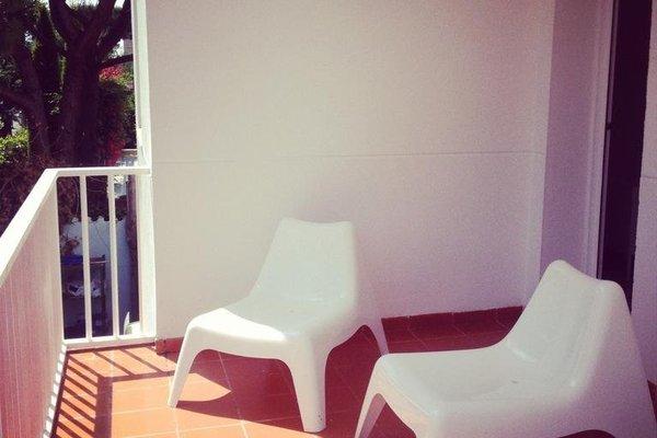 Babalu Sitges Beach Hostel - фото 20
