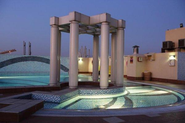 Апарт-отель Dunes Hotel Apartments Muhaisnah - 18