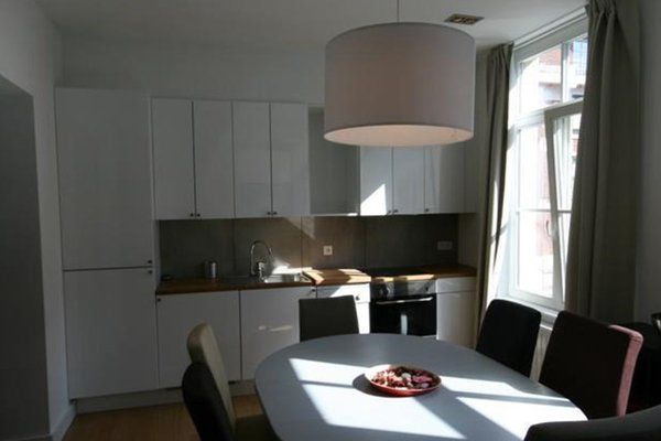 Chatelain's Apartments - фото 14