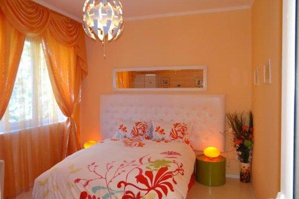 Orange Flower Apartments 1 - 50