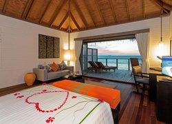 Meeru Island Resort & Spa фото 2