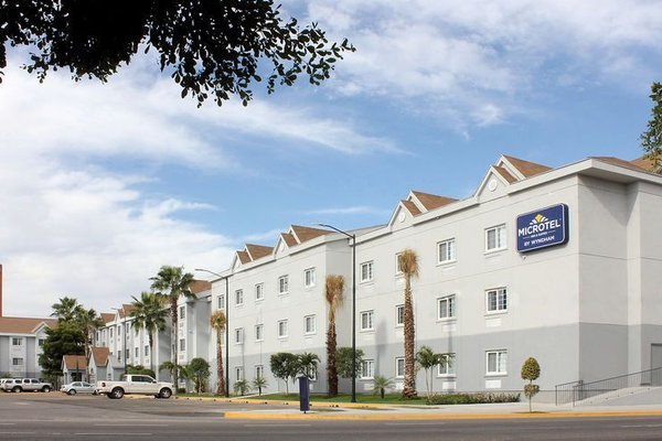 Microtel Inn and Suites Culiacan - фото 22
