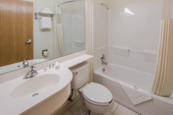 Microtel Inn and Suites Culiacan - фото 9