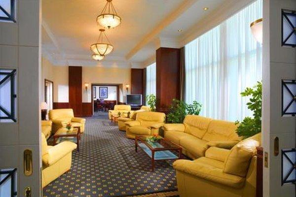 Sheraton Oran Hotel & Towers - 3