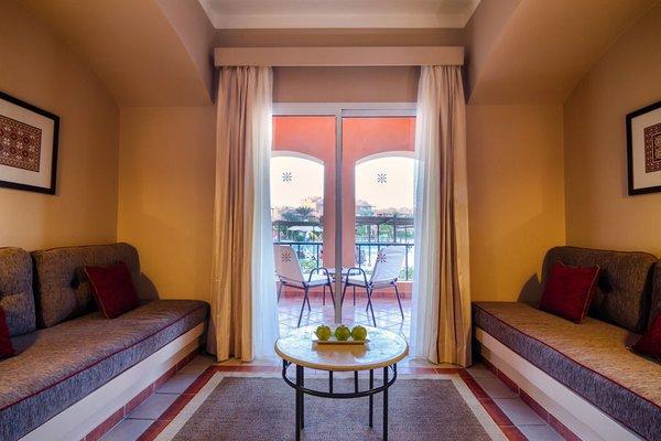Отель Jaz Makadi Oasis Resort - фото 4