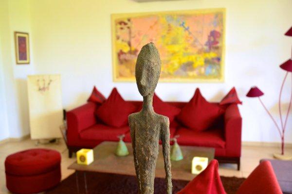 Hotel Maison Rouge Cotonou - фото 10