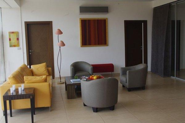 Hotel Maison Rouge Cotonou - фото 12