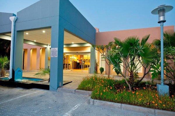 Protea Hotel by Marriott Ondangwa - фото 22