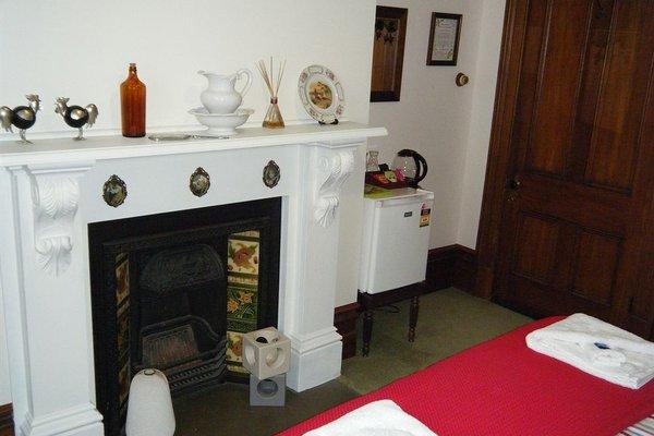 Collingwood Manor - 4