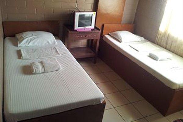 La Maria Pension Hotel - фото 5