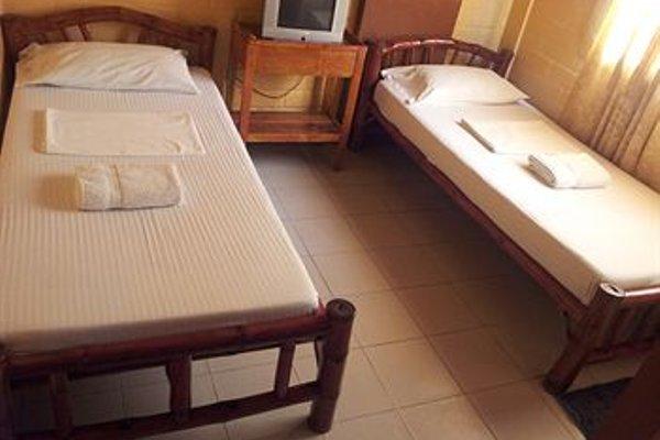 La Maria Pension Hotel - фото 8