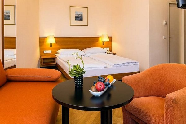 Hotel Johann Strauss - фото 3