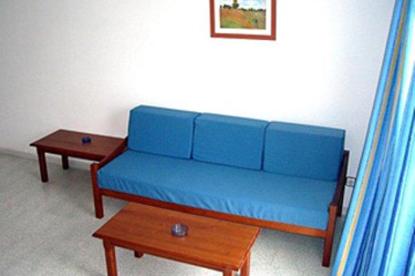 Magalluf Strip Apartment - фото 5