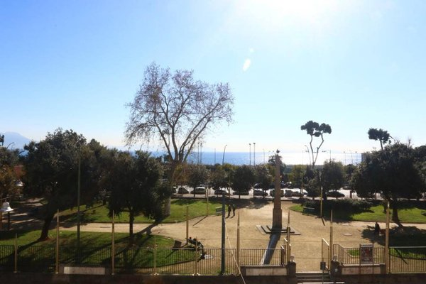Naples View - фото 11