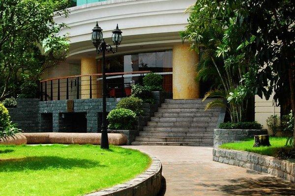Grand Capital Hotel - 16