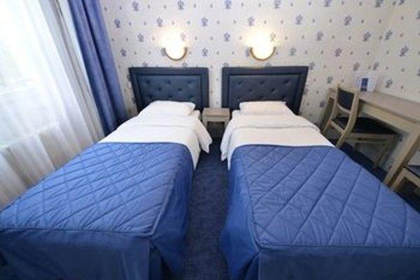 Royal Hotel - 4