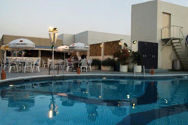 Avari Dubai Hotel - фото 19