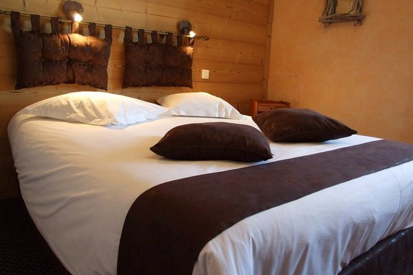 Hotel La Bonbonniere - Dijon - фото 3