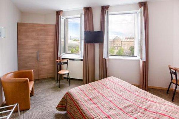 Hotel Vendome - 4