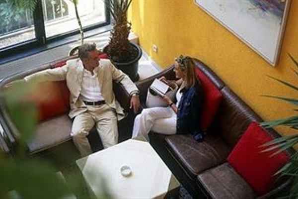Gartenhotel Altmannsdorf Hotel 1 - фото 18