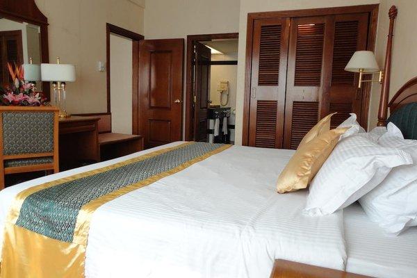 Star Hotel - фото 50