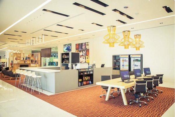 Fiesta Inn Plaza Central Aeropuerto - 10