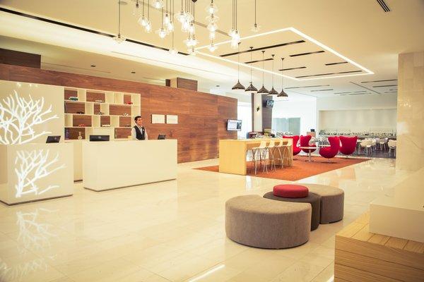 Fiesta Inn Plaza Central Aeropuerto - 4