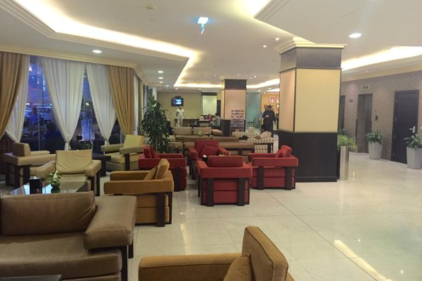 Star Metro Deira Hotel Apartments - фото 5