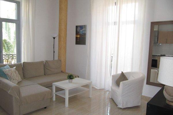 Life Apartments Alameda Colon - 12