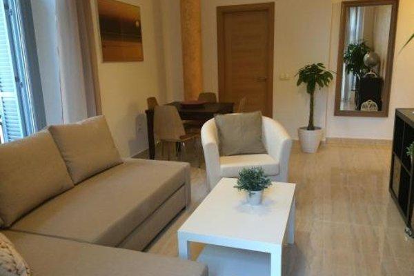 Life Apartments Alameda Colon - 13