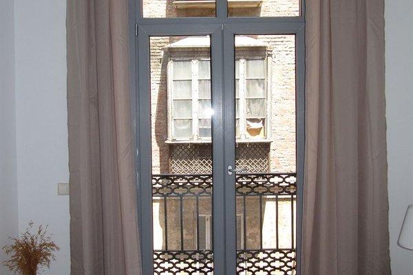Life Apartments Alameda Colon - 19