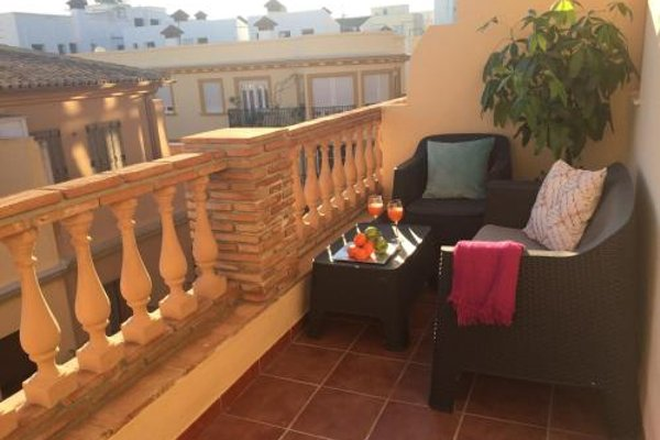 Life Apartments Alameda Colon - 20